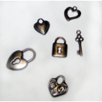 lot de 6 accesoires déco coeurs et clés